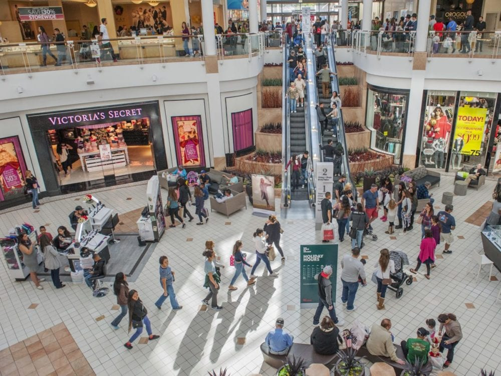 Shoppers congregate at the Westfield Valencia Town Center on Black Friday. Photo Tom Cruze/For the Signal