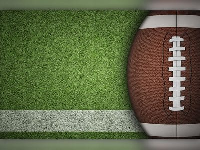 Saugus football holds off Crescenta Valley