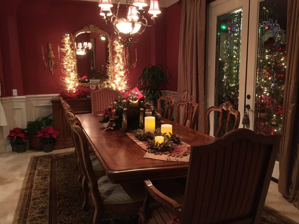 Dining room of Cheri and Don Fleming decorated for Christmas to benefit the Henry Mayo Newhall Foundation Women's Services on the 36th annual Home Holiday Tour. Susan Springer/The Signal