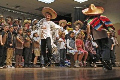 Sulphur Springs Sulphur Springs sing, dance and narrate Santa Clarita's history