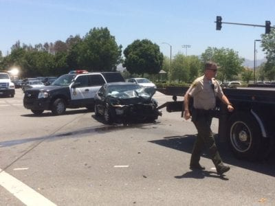 Two-car crash in Valencia rattles occupants
