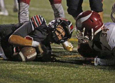 Mistakes prove costly for Hart football