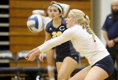 COC volleyball picks up playoff victory over Golden West