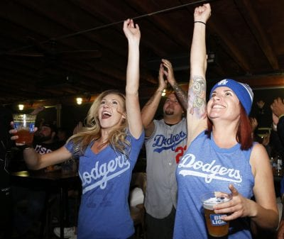 Metrolink invites Dodgers fans to catch the train