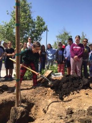 Santa Clarita Valley celebrates Earth Day
