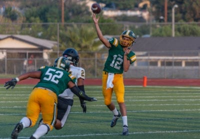 Canyon quarterback Aydyn Litz looks good in debut, but Cowboys fall short