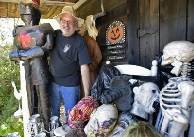Scott Sivley's Saugus haunt draws frightened visitors from around the world