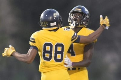 Canyons football impresses with win against Long Beach