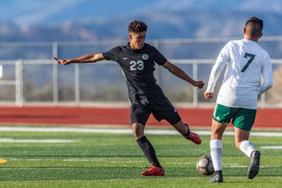 Golden Valley boys soccer captures first Foothill League win, Hart and Valencia tie, Saugus wins big