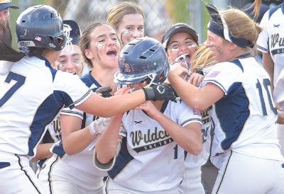 West Ranch softball stuns Valencia