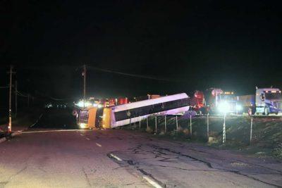 Update: 500 gallons of jet fuel spills from big rig crash near Gorman