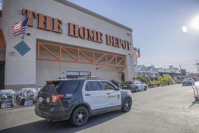 Deputies respond to reports of robbery at Canyon Country Home Depot