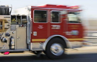 Big rig fire spreads to brush in Castaic