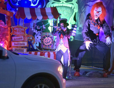 Haunted Highway | City welcomes thousands to inaugural drive-thru Halloween experience
